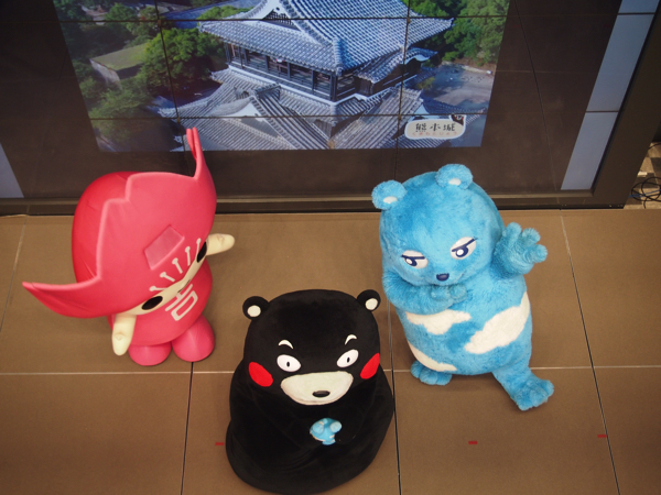 あべのべあ、くまモン、吉野ピンクルがウエルカムガレリアに登場した画像